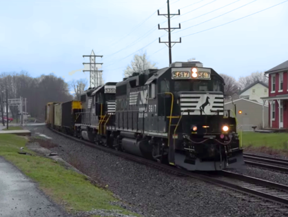 HIRING: Norfolk Southern Railway is Hiring Workers in Harrisburg, PA Area $47,000-$75,000 a year