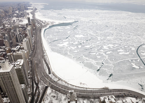 Over 450 flights out of O'Hare International Airport canceled due to heavy snow and icy conditions