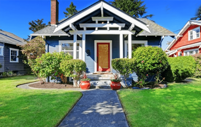 local-records-office-curb-appeal-mistakes (1)